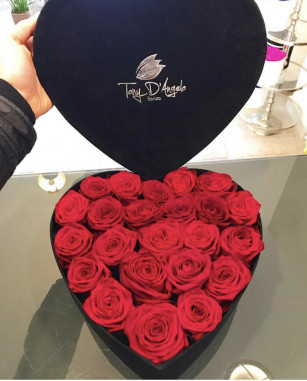 Cuore di rose rosse online